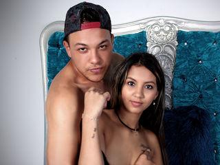 Latina Teen Webcam Model ShawnNSelenaa