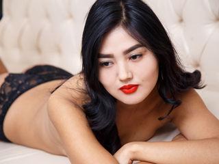 Asian cam model Saurra