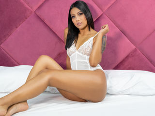 Latina Camgirl photo AlexaVanDutch