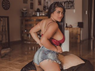 Latina Webcam girl AngelPurpleXx