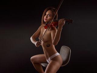 AnneVacci Latina Camgirl pic