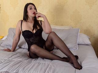 AntonellaAllure Latina Teen Webcam Model