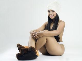 Latina Webcam girl ZoeVega