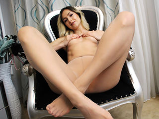 Live cam hot girl Annelyce