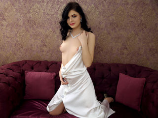 Chat with hot sexy girl SensualKayle