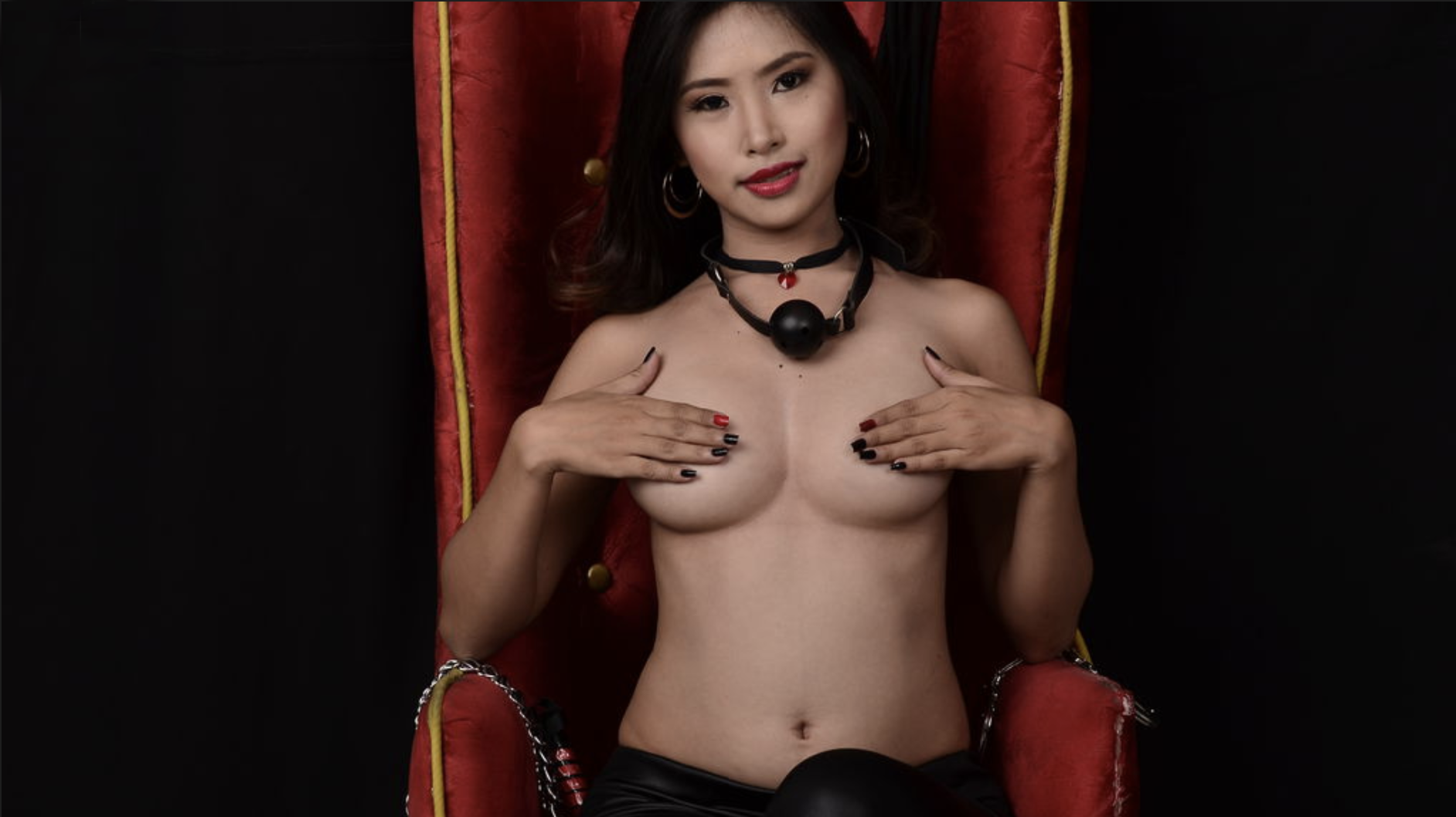 DirtyHottyAsian kinky Asian fetish cam model