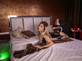 Sex with live tranny model HaileyTaylor